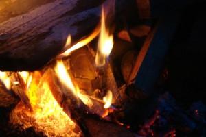 Kartoffelfeuer ohne Alu-Ungeheuer! 1