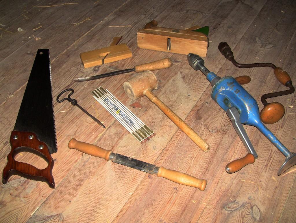 Dachausbau in Handarbeit 1