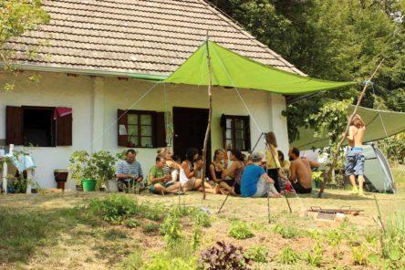 Gemeinsames Mittagessen am Sommer-Camp 2012