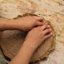 Foto von der Zubereitung des veganen Apfelkuchens