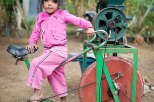 Foto einer fahrradbetriebenen Mühle