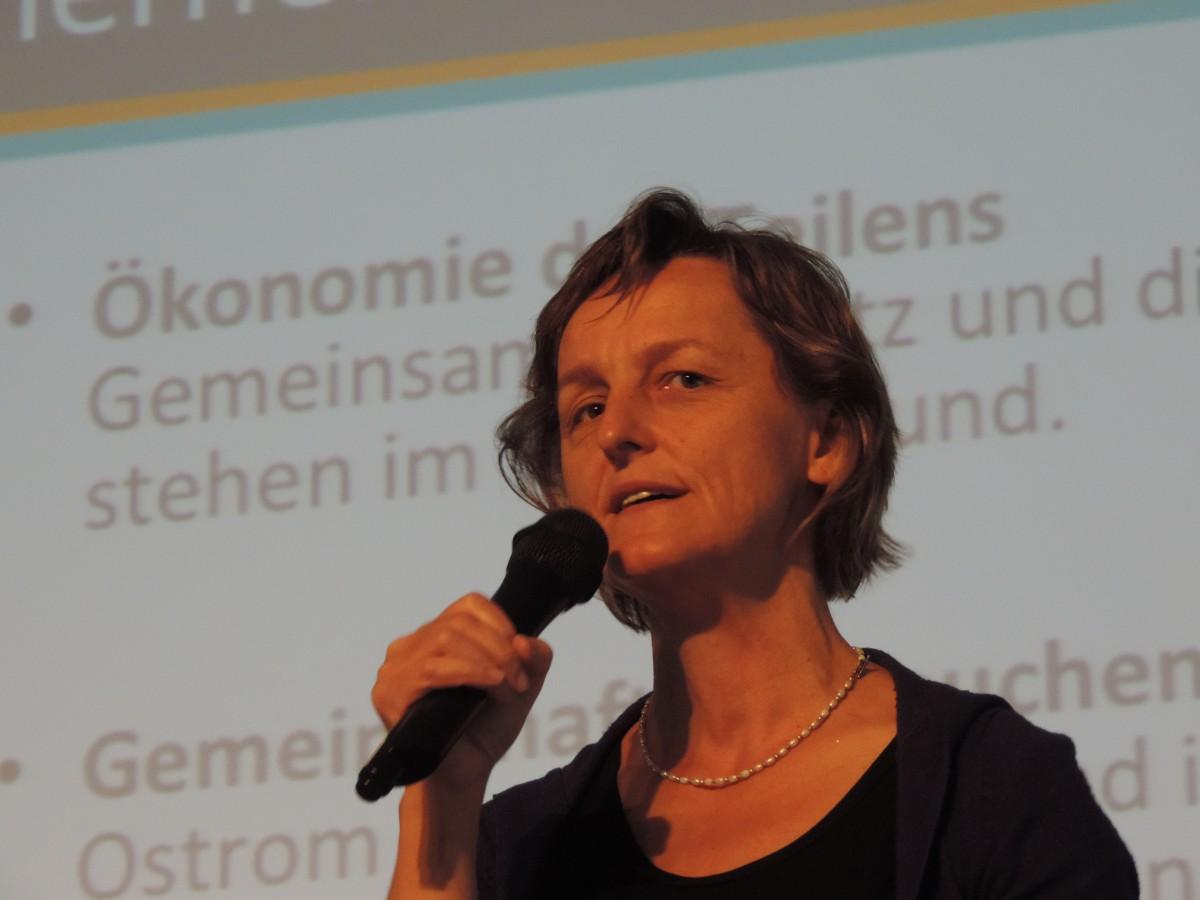 Silke Helfrich Portrait