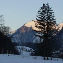 Schneeberglandschaft im Sonnenaufgang
